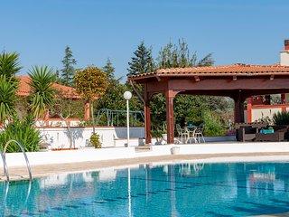 Casa Magnolia: Stunning Villa with Shared Pool in Puglia