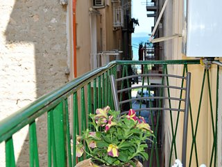 Happiness House two steps away to the Beach of Gaeta