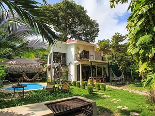 Tropical Beach Villa / SurfHouse, Hermosa, Santa Teresa beach, 5 rooms / 12 pax.