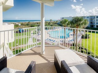 Ocean View With 3 Bedrooms 2 Bathrooms at Colony Reef Club 2306