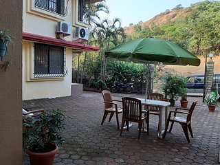 Green Haven, Hill View Cottages, Lonavala (with Lounge Pool)