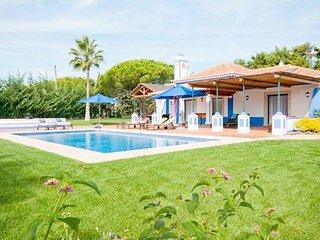 3 bedroom Villa in Olhos de Agua, Faro, Portugal - 5239004