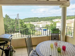 2 bedroom Apartment in Narbonne-Plage, Occitania, France : ref 5554284