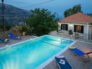 Villa Avisania nearby Agia Efimia, Private Pool, Quiet, Sea Views Relaxation pur