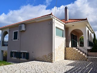 Athinais nature's villa 2