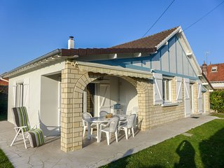 3 bedroom Villa in Merville-Franceville-Plage, Normandy, France : ref 5565840