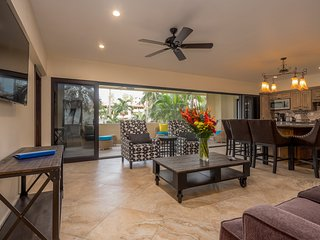 Casa El Torero Marina Sol! Gorgeous 4 Bed Condo in the Heart of Downtown Cabo!