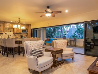 Gorgeous Casa Tequila at Marina Sol! Large Heated Pool! Short Walk to the Beach!