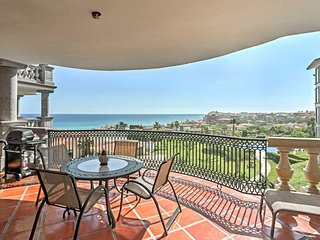 Puerta Del Sol Charming Luxury Condo w/Enchanting Ocean Views from Private Balco