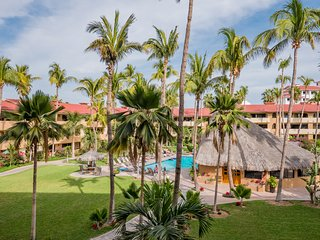 Casa El Pescador  Marina Sol! Wonderful Condo Just Steps from Downtown Cabo & Me