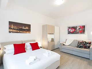 Lovely studio flat 12min from Santa Maria Novella