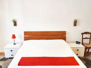 Claudia's Design Apartment in Rome's Centre