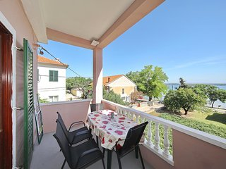 Tkon Apartment Sleeps 4 with Air Con and WiFi - 5702586