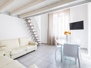 Maria -  Mezzanine Two Bedrooms Apartment in Histo