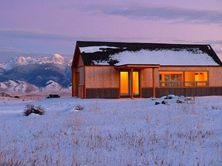 BRAND NEW: Sophia's House at Erik's Ranch