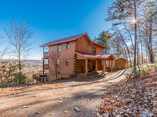 Above and Beyond | 3BR 3BA | Gorgeous Mountain Views | Gas Fire Pit | Hot Tub