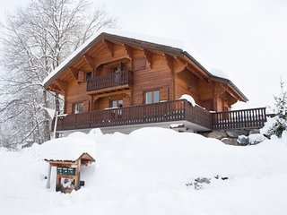 Chalet Soleil Riant | a traditional alpine chalet