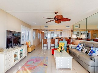 Gulf-front condo w/ shared pool, water views, & private patio - near attractions