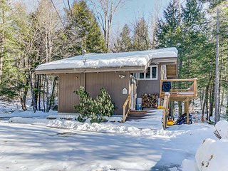 NEW LISTING: 3 BR near Skiing. Pets welcome! Discount Lift Tickets Available!