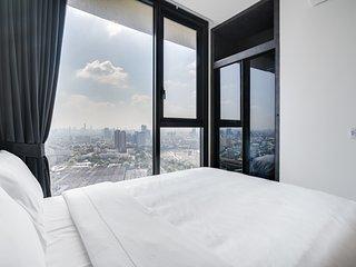 Modern & Cozy 1 Bed w/Balcony in the LINE - Mochit