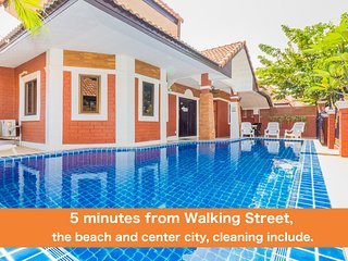 4 bedrooms villa G near the beach and Walking Street