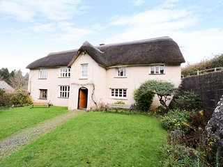 MIDDLE COOMBE FARM, open fire, original features, in Uplowman