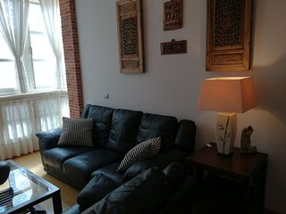 2 bedroom apartment in the heart of Malaga with Wifi and small balcony