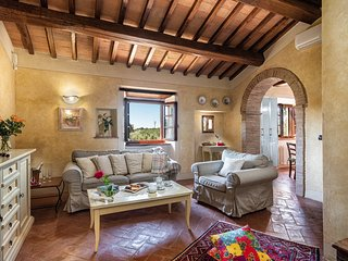 La Piccionaia, Holiday House in Tuscany with swimming pool