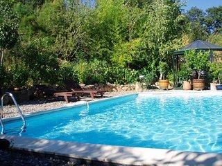 Maison de charme, piscine, campagne gersoise, poneys : dépaysement garanti