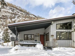 Chamonix 2BD Private Home