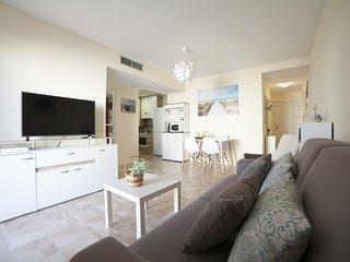 Baños de la Reina: Beautiful Apartment a few meters from Beach & Harbour