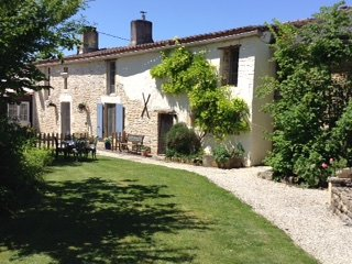 A Charming Rustic Stone French Cottage/Gite