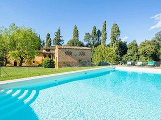4 bedroom Villa in Capannoli, Tuscany, Italy : ref 5712010