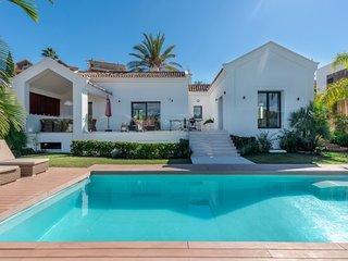 4 bedroom Villa in Nueva-Carteya, Andalusia, Spain - 5711333