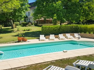 Lamothe-Fenelon Villa Sleeps 8 with Pool and Air Con - 5712748