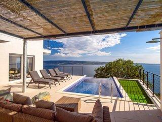 4 bedroom Villa in Grljevac, Splitsko-Dalmatinska Zupanija, Croatia - 5712745
