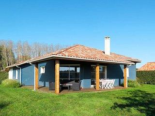 4 bedroom Villa in Azur, Nouvelle-Aquitaine, France : ref 5711165