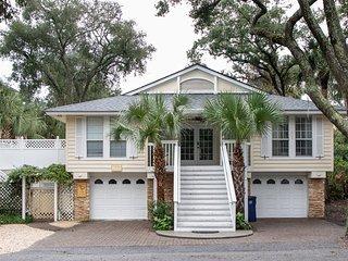 19 Jacana - The Carolina Cottage, 5 Bedroom Home, Free Pool Heat Til May 2020