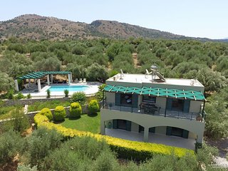 3 bedroom Villa in Kampia, Crete, Greece : ref 5228038