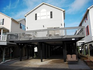Ocean Lakes F4 (4 Bdrm) Close to Beach, Pools and all Activities!!