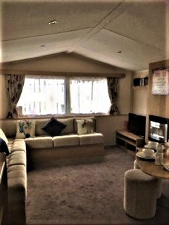 FLAMINGO LAND Fabulous Family Friendly 3 Bedroom Caravan with Gated Side Decking
