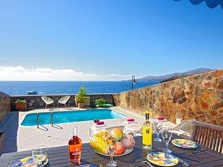 Front line villa in Puerto Calero Ref LVC311041