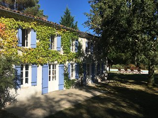 L'Airial, Moustey ★ Stunning ★ Rural Family Retreat with Pool in Forest
