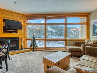 NEW LISTING! Family-friendly condo near shuttle & gondola w/slope views