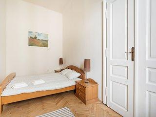 Spacious Apartament Kazimierz-4 minutes to Market!