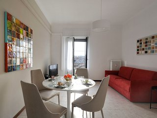 Modern & very spacious (80m2) 1br apt in Milan