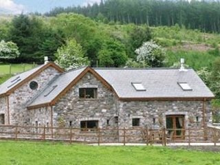 5 * holiday cottage Located on farm, part of a complex with indoor Swimming pool