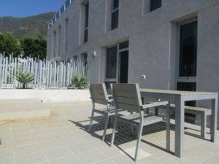CHIC 2 BEDROOM APARTMENT IN SUNNY FRONTERA VALLEY
