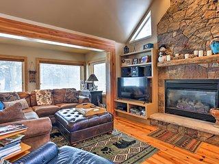 Home in Mtns w/Sauna Mins to Breckenridge & Skiing