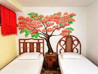 Hostal Natura Orange Room